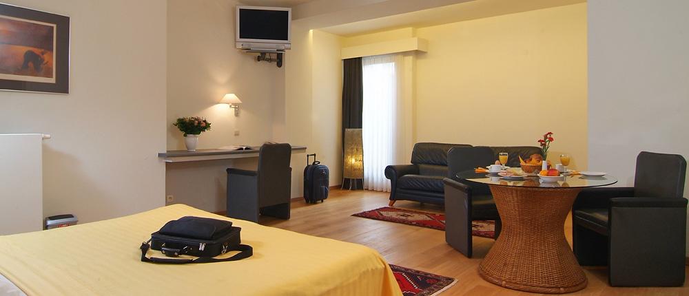 deswaen_hotel_01